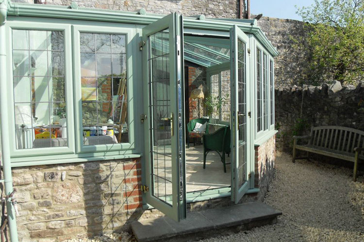 T Shaped Conservatories Hitchin